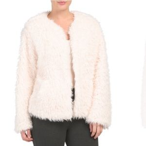 NWT Kenzie Cream Cozy Faux Fur Fuzzy Jacket
